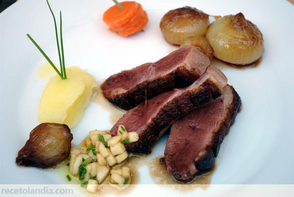 Receta de magret de pato con cebollitas francesas al pedro for Tapas francesas