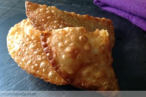 Empanadillas de bonito en escabeche