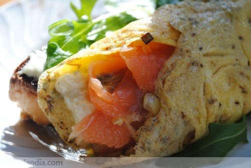 Tortilla de salmón, puerro y cabrales