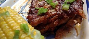 Costillar de cerdo asado con salsa barbacoa